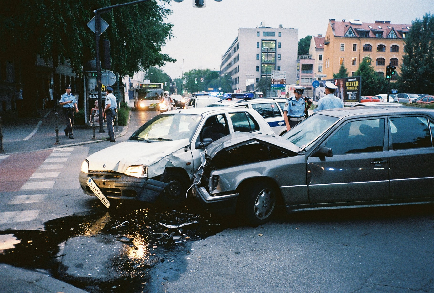 Car Crash Injury Lawyer